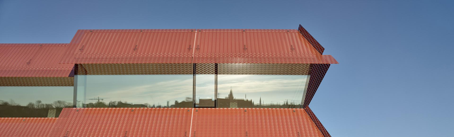Byens-spejling-i-Østerport-2-hero-khrarkitekter